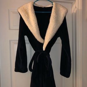 Other - Victoria Secret Cozy Plush Robe - Navy